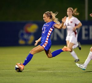 Katie McClure of Kansas Named Player of the Week | United Soccer Coaches